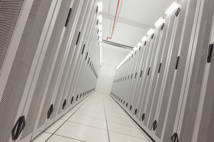 CSC and EuroHPC signed hosting agreement