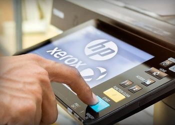 Xerox proposed an offer to buy HP
