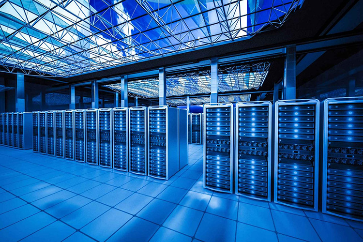 Hyperscales accounted for 33% of all spending on data center hardware and software