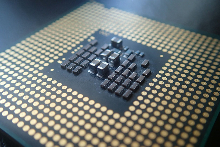 New flaw found in all Intel processors released in the past 5 years