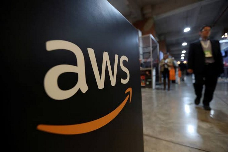 Amazon Web Services (AWS) is planning to build 1.75 million square feet (162,600 square meters) of data center space at a site in Loudoun County, Virginia.