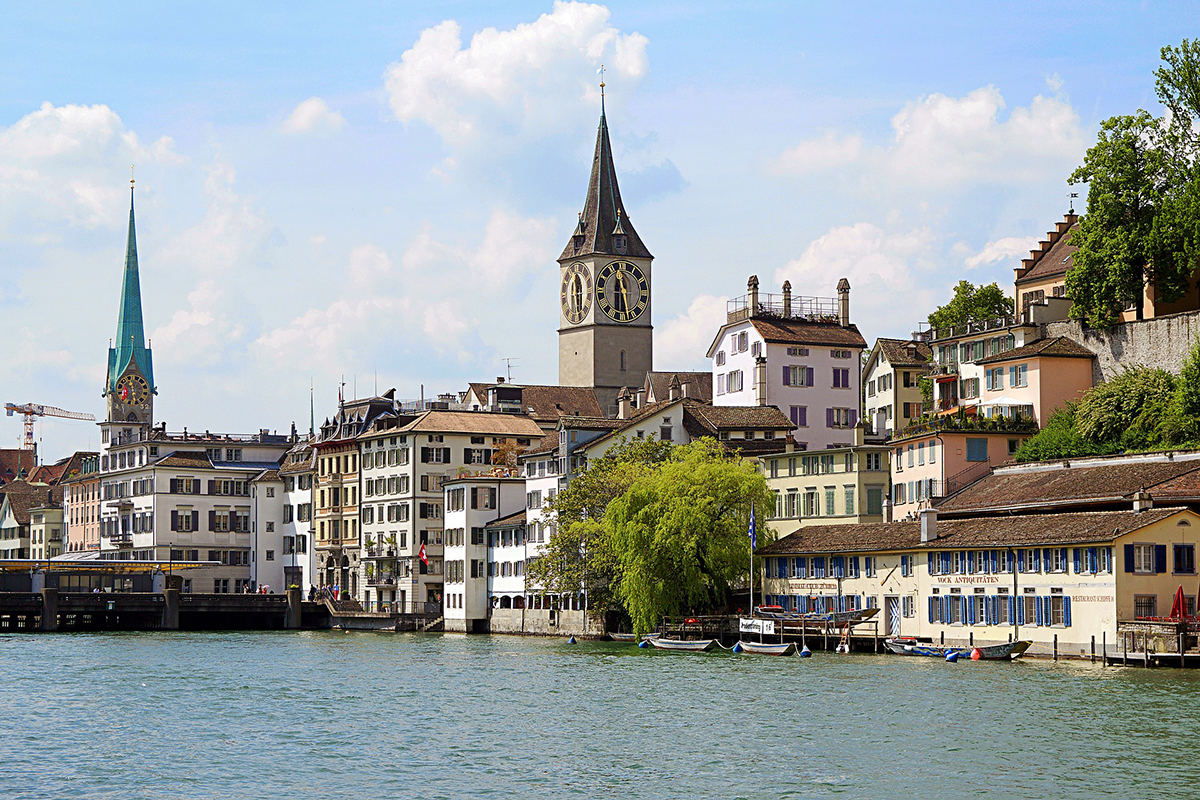 AWS comes to Switzerland in 2022