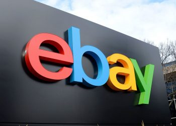 eBay stays in its own infrastructure while shifting to cloud