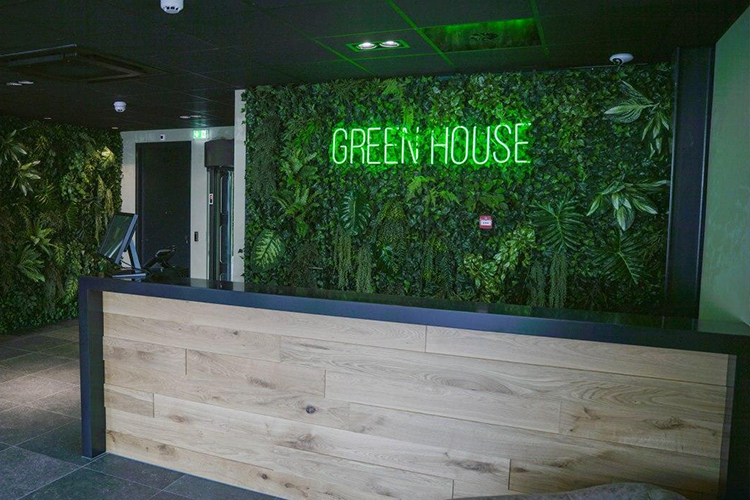i4Networks announced a new Network PoP at Greenhouse Datacenters