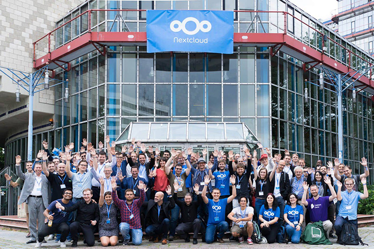 Nextcloud Hub 21 is available