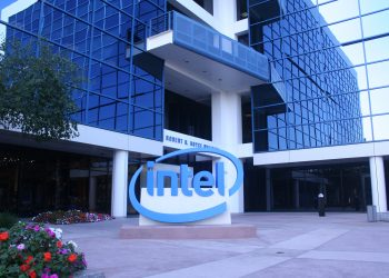 Intel launches Ice Lake, i10nm data center CPU