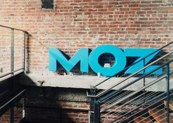 Moz acquired by iContact