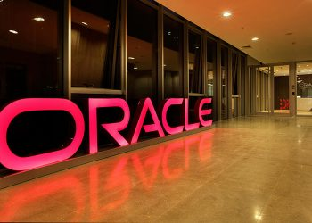 Oracle announced fiscal quarter results
