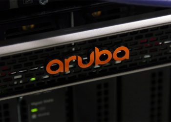 Aruba debuts data center switch with programmable chip